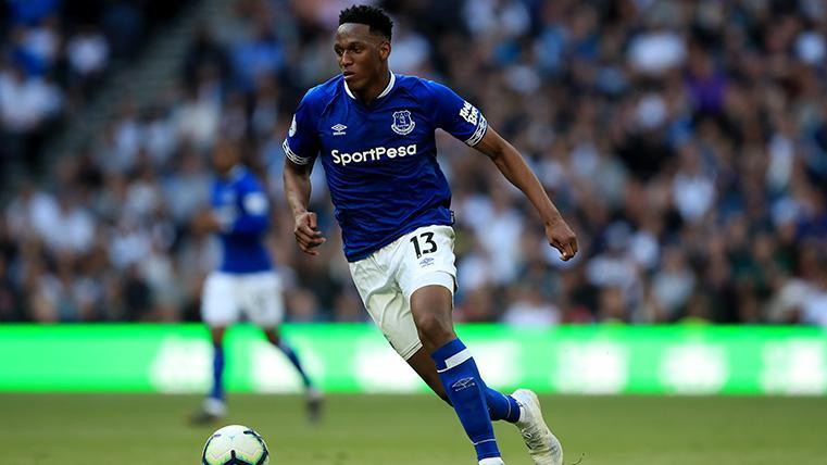 Cambios en la defensa del Everton