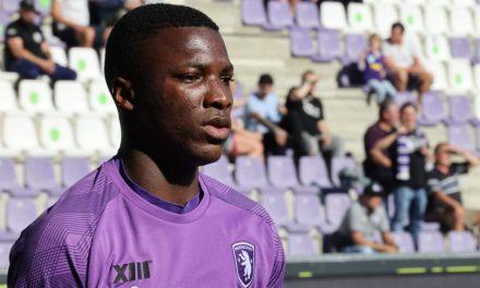 Complejo reto futbolístico para Moisés Caicedo en Bélgica